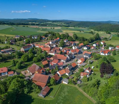 Über 180 Luftbildaufnahmen von Ortschaften